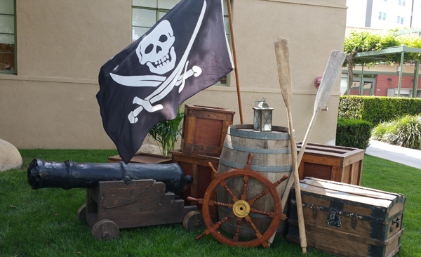pirate decoration and pirate props