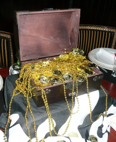 pirate chest centerpiece